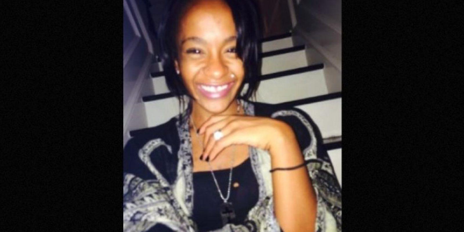 Fue encontrada inconsciente en la bañera de su casa. Foto:Twitter/REALbkBrown