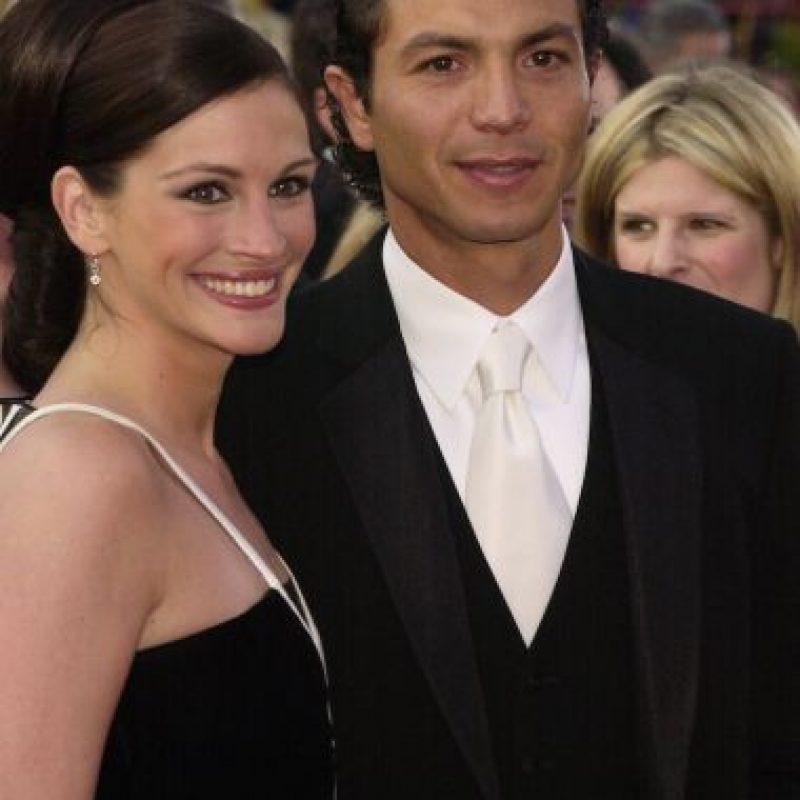 Roberts terminó con su novio Benjamin Bratt y Molder acabó con los 14 años de matrimonio que tenía con la maquilladora Vera Steimberg. Foto:Getty Images