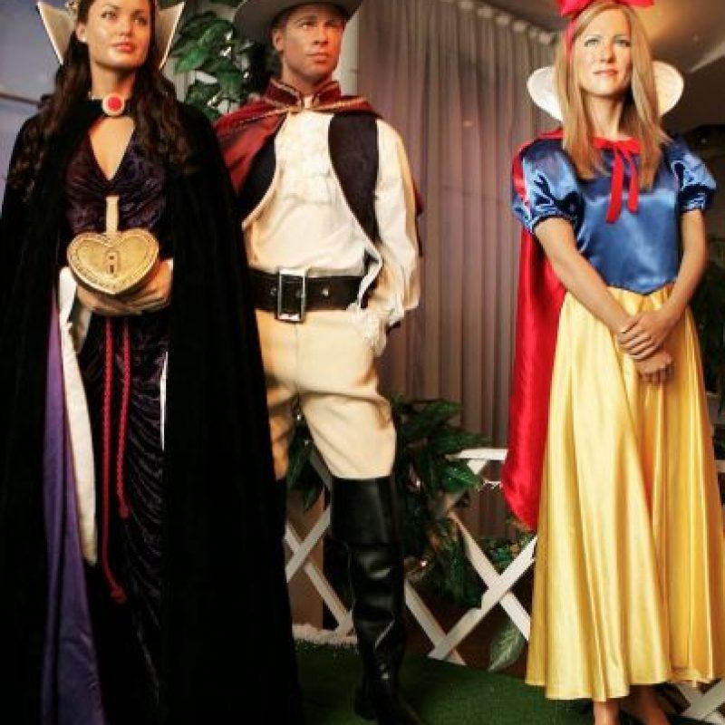 """Este polémico trío incluso llegó al museo de cera Madame Tussauds, pero como los personajes del cuento de """"Blancanieves"""". Foto:Getty Images"""