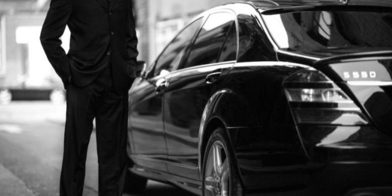 En marzo pasado, el conductor, el automóvil y el pasajero de un Uber fueron agredidos en Ciudad de México por presuntos taxistas. Foto:Uber