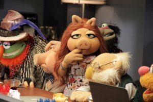 """""""Su nombre es Denise y trabaja en marketing para la ABC"""", confirmó a """"Entertainment Tonight"""" Foto:Facebook/LosMuppets"""