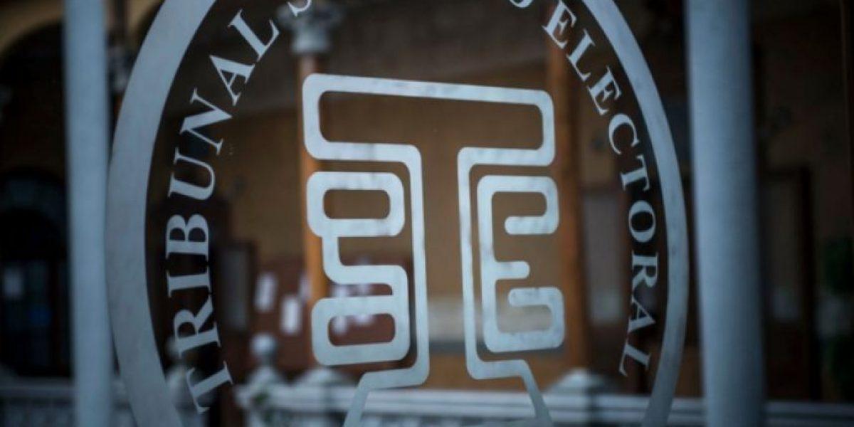Sociedad civil pide al TSE suspender a los partidos que excedan techo de campaña