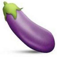Instagram decidió prohibir los hashtags con el emoji de la berenjena debido a que hace referencia a los genitales masculinos o relaciones sexuales. Foto:emojipedia.org