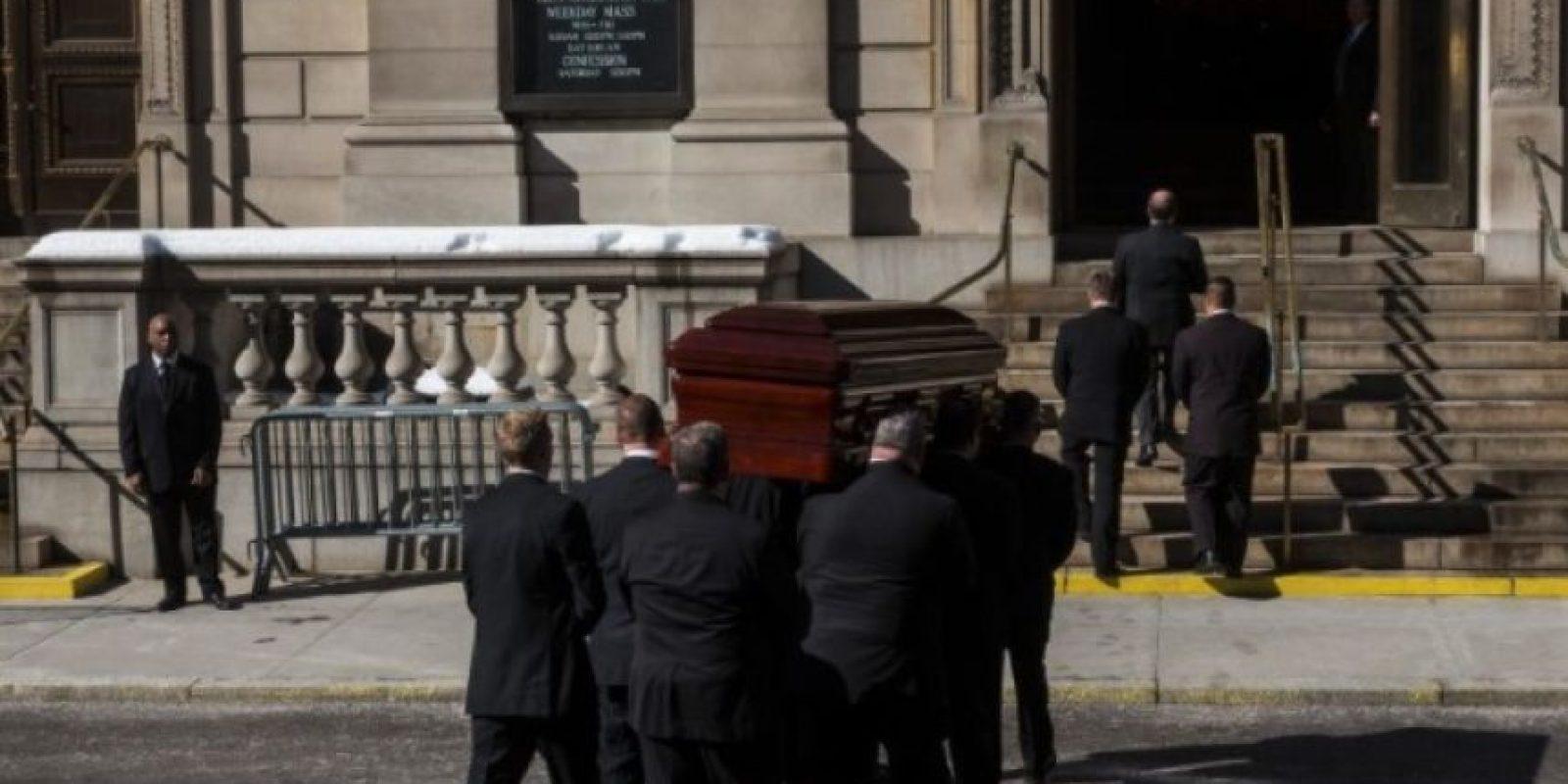 Un médico en Alemania es investigado después de declarar la muerte de una mujer, la cual despertó gritando en su funeral. Foto:Getty Images
