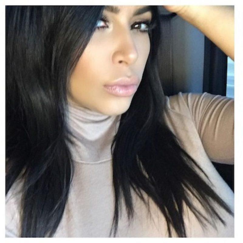 Incluso, la estrella de la televisión sigue utilizando ropa ceñida Foto:Instagram/KimKardashian