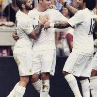 Con sus compañeros del Real Madrid. Foto:instagram.com/jamesrodriguez10