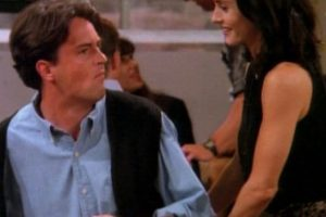 "En ""Friends"" le dio vida a ""Chandler Bing"" Foto: vía facebook.com/friends.tv"