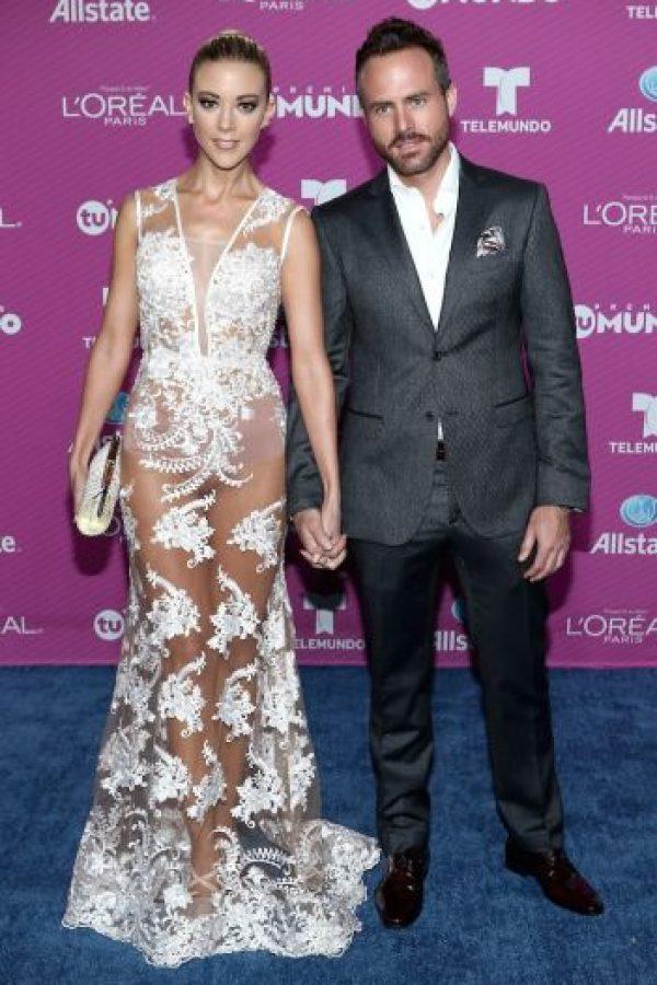 La actriz mexicana se robó las miradas con este vestido de transparencias. Foto:Getty Images