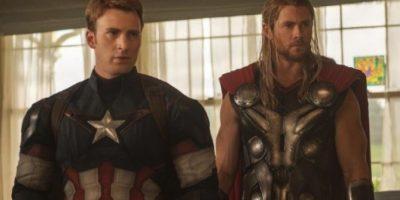 """Y los populares """"Avengers"""" se convirtieron en los """"Los Invencibles del Siglo XX"""". Foto:vía facebook.com/avengers"""