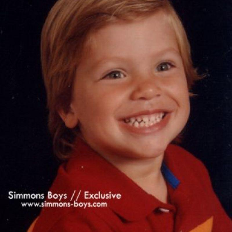 Ambos participaron en comerciales y campañas para ropa infantil. Foto:vía simmons-boys.com