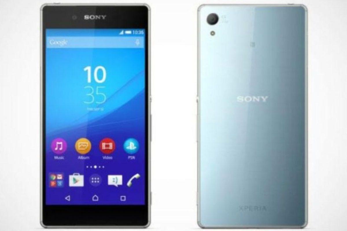 Tiene una forma muy parecida a la de su antecesor con una pantalla de 5.2 pulgadas, procesador Qualcomm Snapdragon 810, cámara posterior de 20.7 megapixeles, frontal de 5.1 megapixeles, resistencia al agua, Android 5.0 y una batería de 1.930 mAh. Foto:Sony
