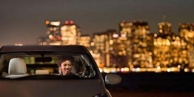 10- Si cancelan el viaje cinco minutos después de pedirle, les cobran una penalización de cuatro dólares. Foto:Uber