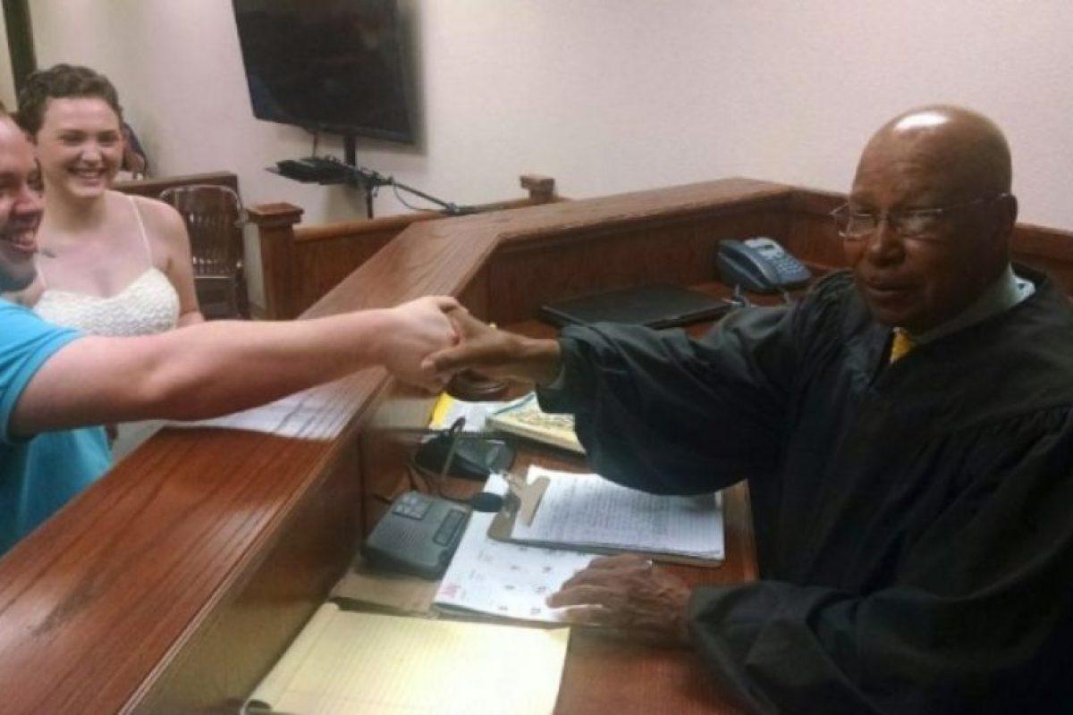 1. Juez ordena que una pareja contraiga matrimonio Foto:Facebook.com/elizabethjaynes16