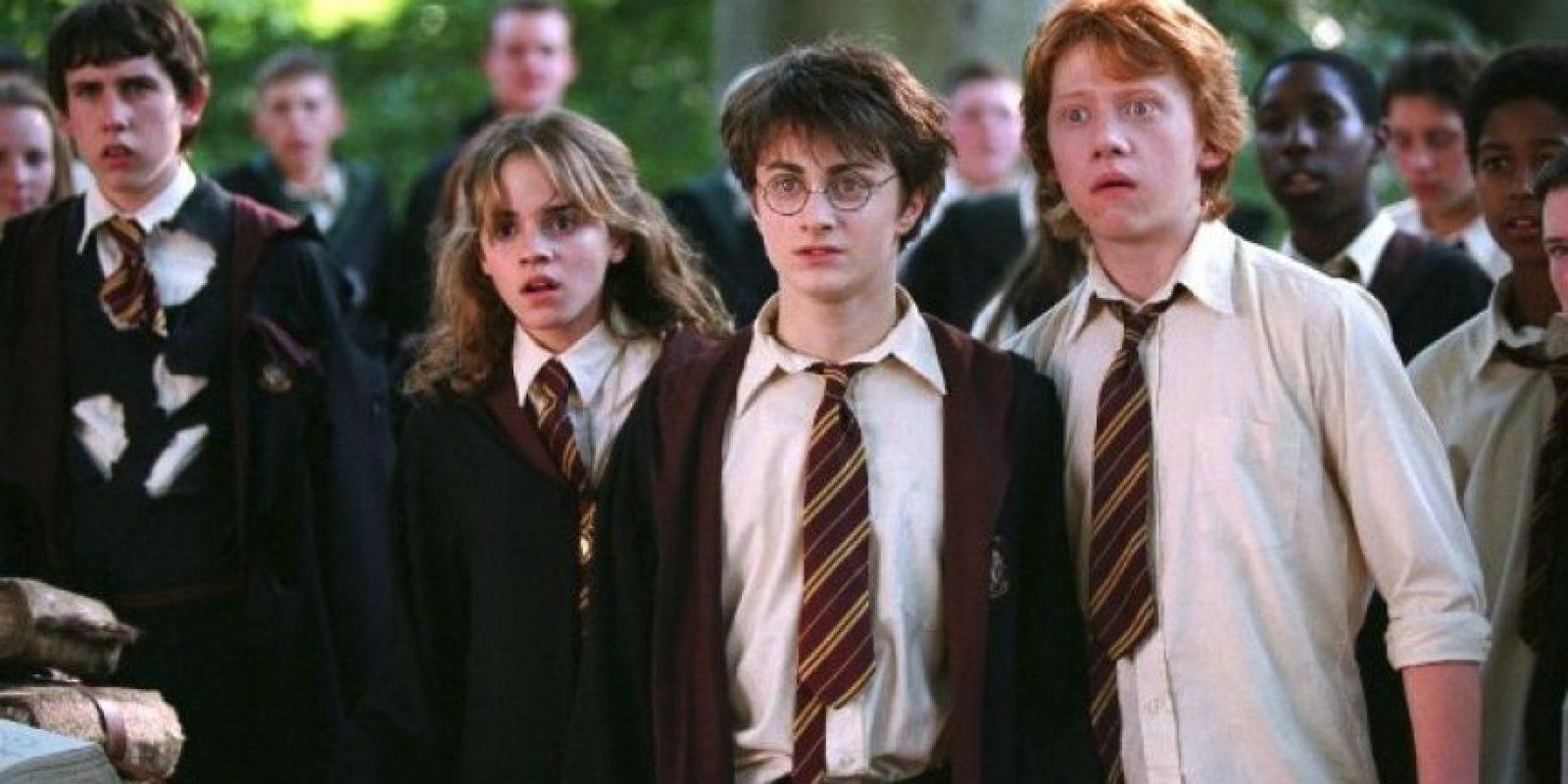 """Para la filmación de la película """"Harry Potter y el prisionero de Azkaban"""", el director Alfonso Cuarón pidió que los protagonistas escribieran un ensayo sobre sus personajes, pero Grint no lo escribió. Foto:IMDB"""
