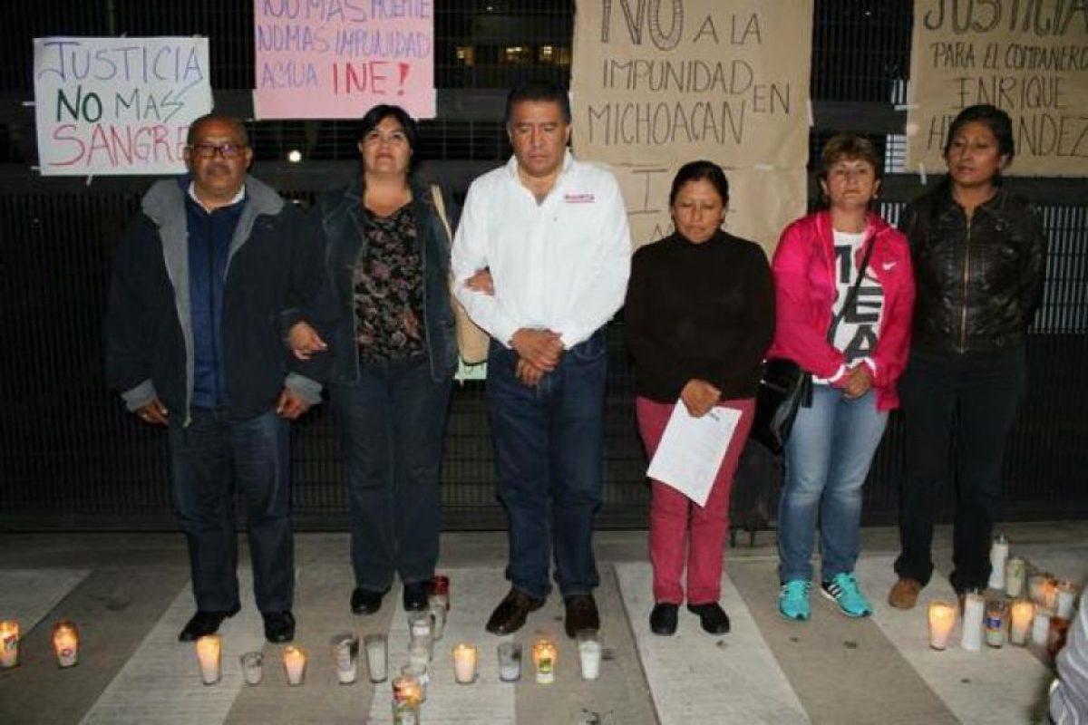 También en las instalaciones del Instituto Nacional Electoral (INE) Foto:Twitter.com/morenaine