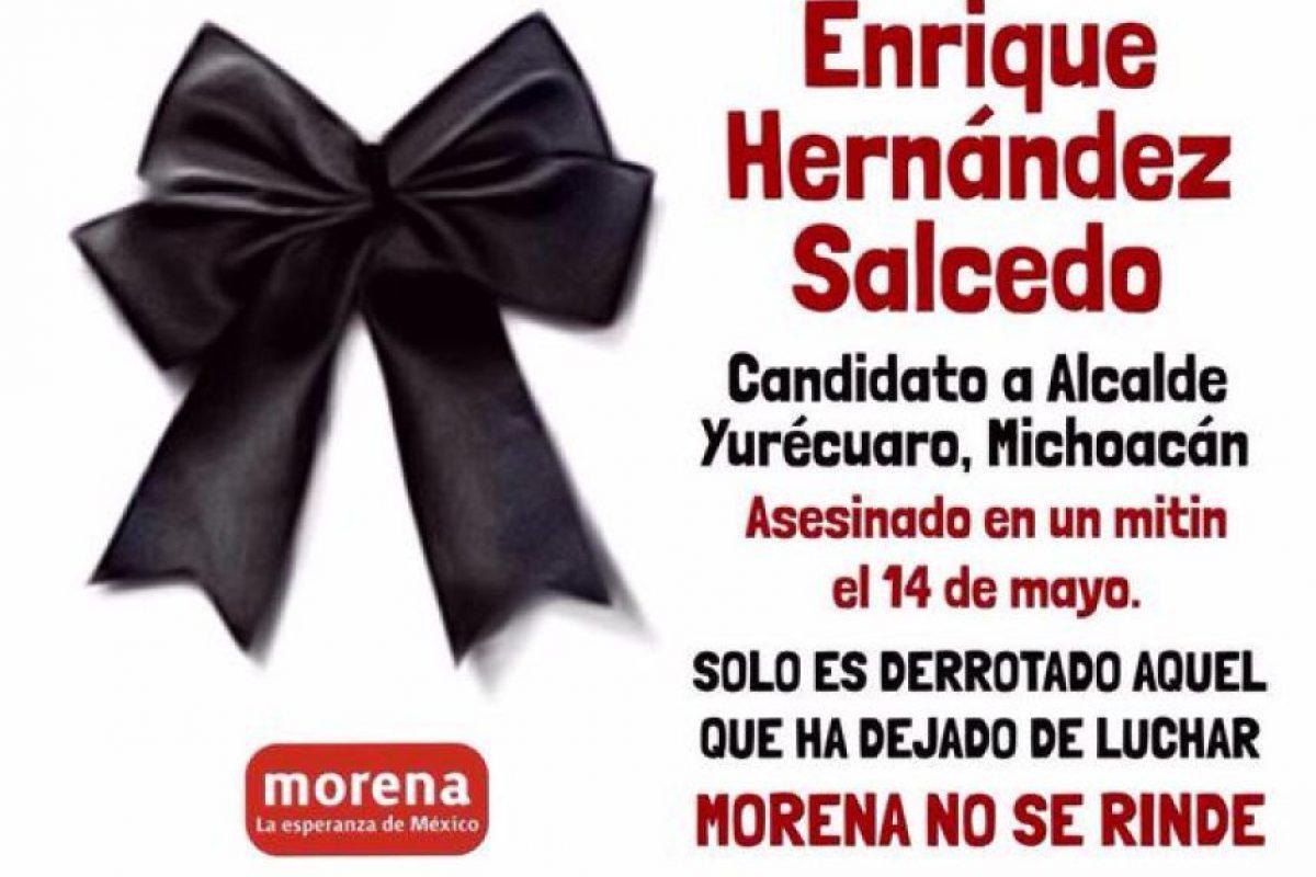 Con estas imágenes lo recordaron en redes sociales Foto:Twitter.com/Redes_Morena