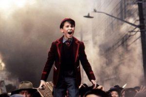 """10. Christian Bale comenzó en comerciales y la vida le cambió cuando a los 13 años fue elegido por Steven Spielberg para protagonizar """"El Imperio del Sol"""". Ya había actuado junto a la esposa de Spielberg, Amy Irving, en un film sobre la princesa rusa Anastasia. Foto:vía Warner Bros"""