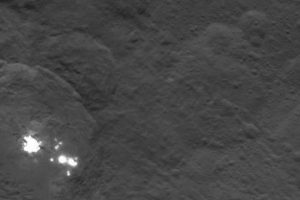 Estos son los puntos brillantes de Ceres Foto: Twitter.com/nasa_dawn