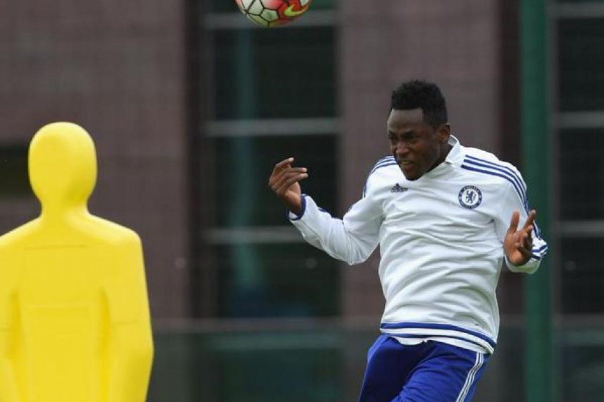 """El defensa ghanés recién fichó por los """"Blues"""", procedente del Ausburgo de la Bundesliga. Foto:chelseafc.com"""