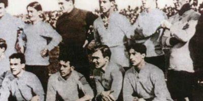 Así vestían a comienzos del Siglo XX. Esta selección es Uruguay en 1917.