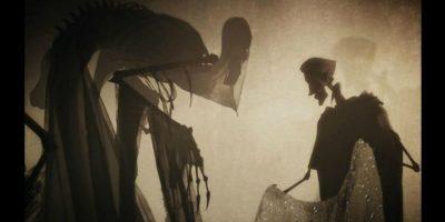 La Muerte les ofreció un regalo a cada uno. Foto:YouTube/WarnerBros