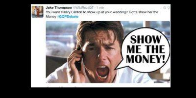 Se burlaron cuando él dijo que le pagó a Hillary Clinton por ir a su boda. Foto:vía Twitter