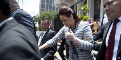 """Fiscalía incauta """"información"""" en una de las casas de Roxana Baldetti"""
