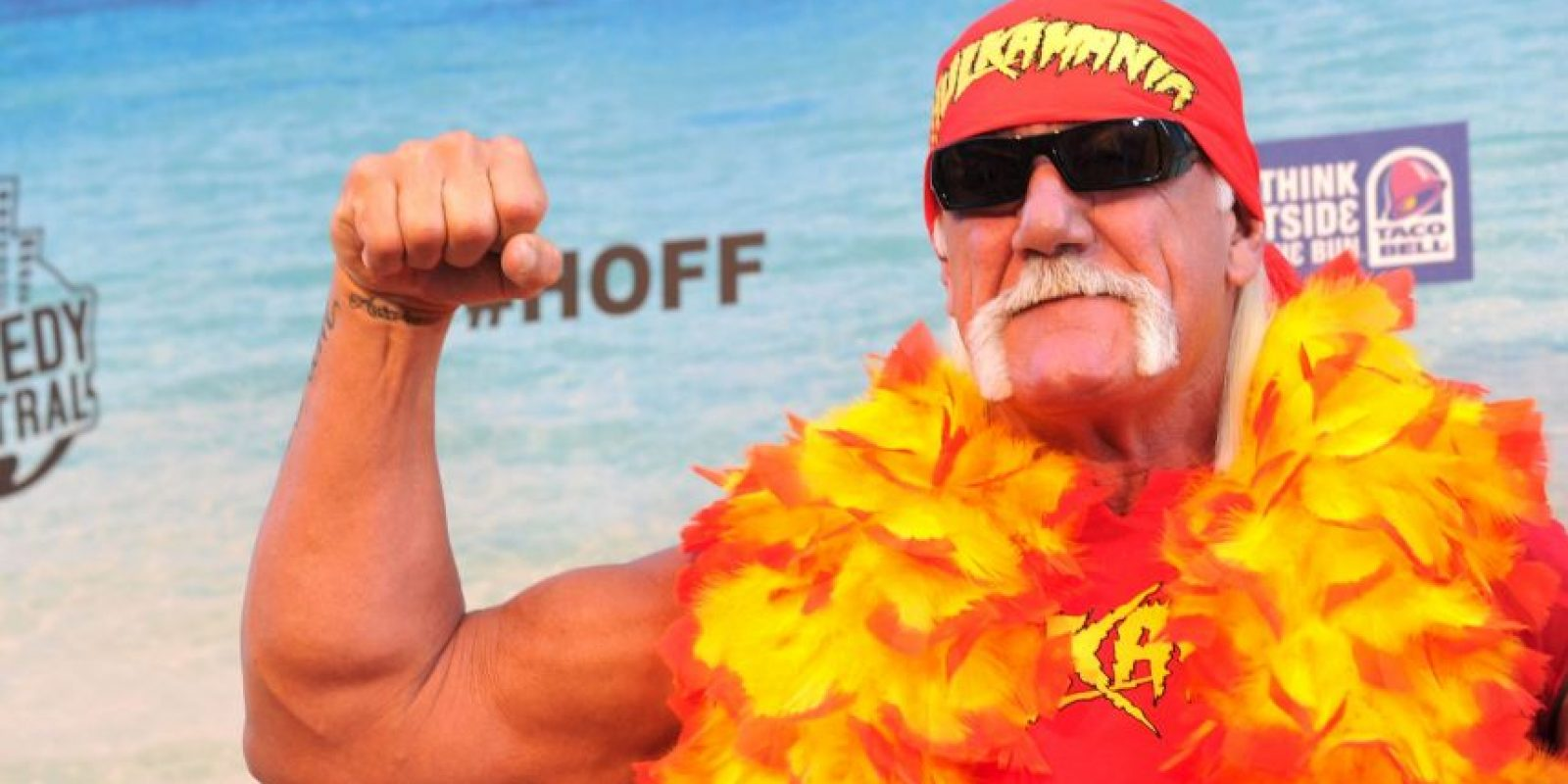 Primero, el luchador escribió un mensaje en su cuenta de Twitter, en este decía: Foto:Getty Images