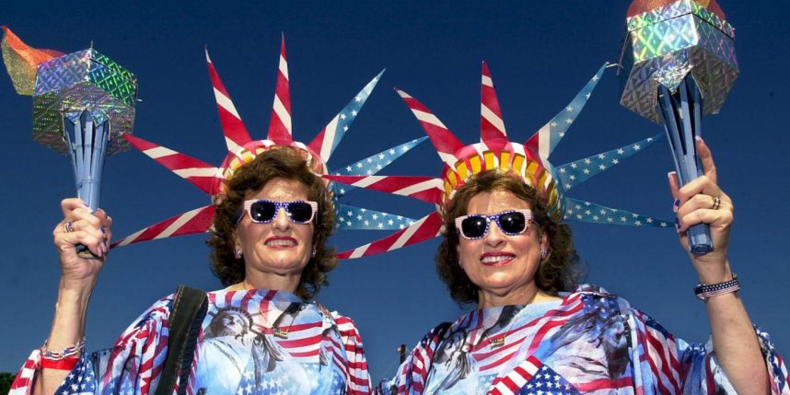 Todos los veranos en Ohio los gemelos celebran su parecido. Foto:Getty Images