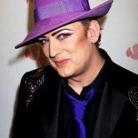 ¿Qué opinan de su look extravagante? Foto:Getty Images