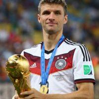 No les bastó fichar al campeón del mundo, Bastian Schweinsteiger. Van por otro: Thomas Müller. Foto:Getty Images
