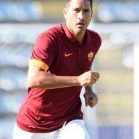 Tiene 33 años y juega como delantero. Foto:Getty Images