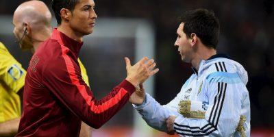 Un año después, Cristiano Ronaldo se llevó el premio, cuando aún jugaba para el Manchester United. Foto:Getty Images