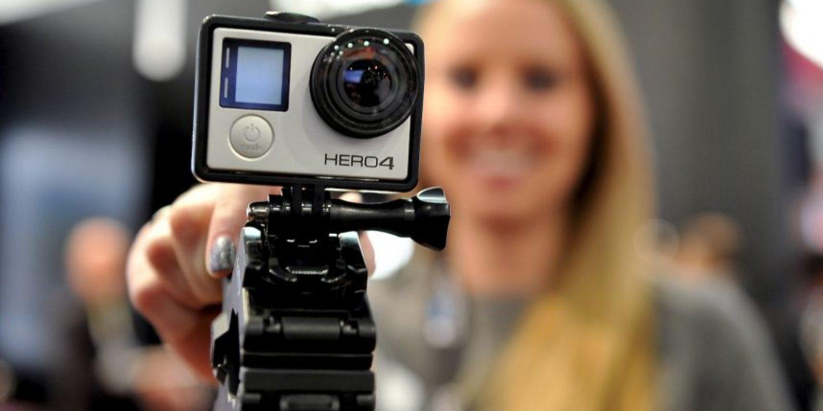 La cámaras captura fotos fijas o video en alta definición, a través de un lente gran angular Foto:Getty Images