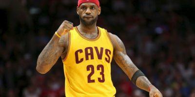 2. LeBron James @KingJames (Baloncesto/Estados Unidos): 139 mil 474 dólares por tuit. Foto:Getty Images