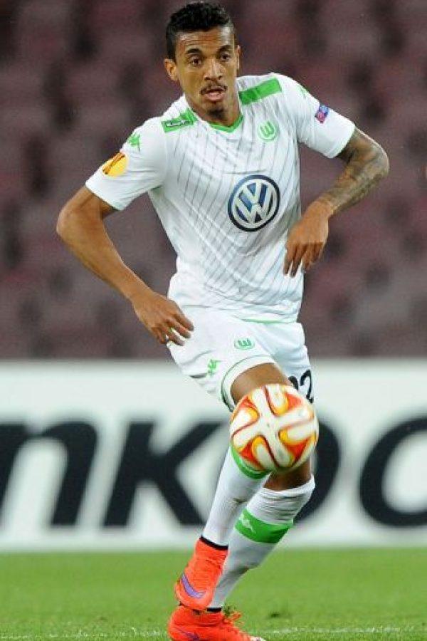 Tras recuperarse de una lesión en la rodilla, Luiz Gustavo regresará al cuadro titular del subcampeón de Alemania y además, tendrá oportunidad de mostrar su talento en Champions League. Foto:Getty Images