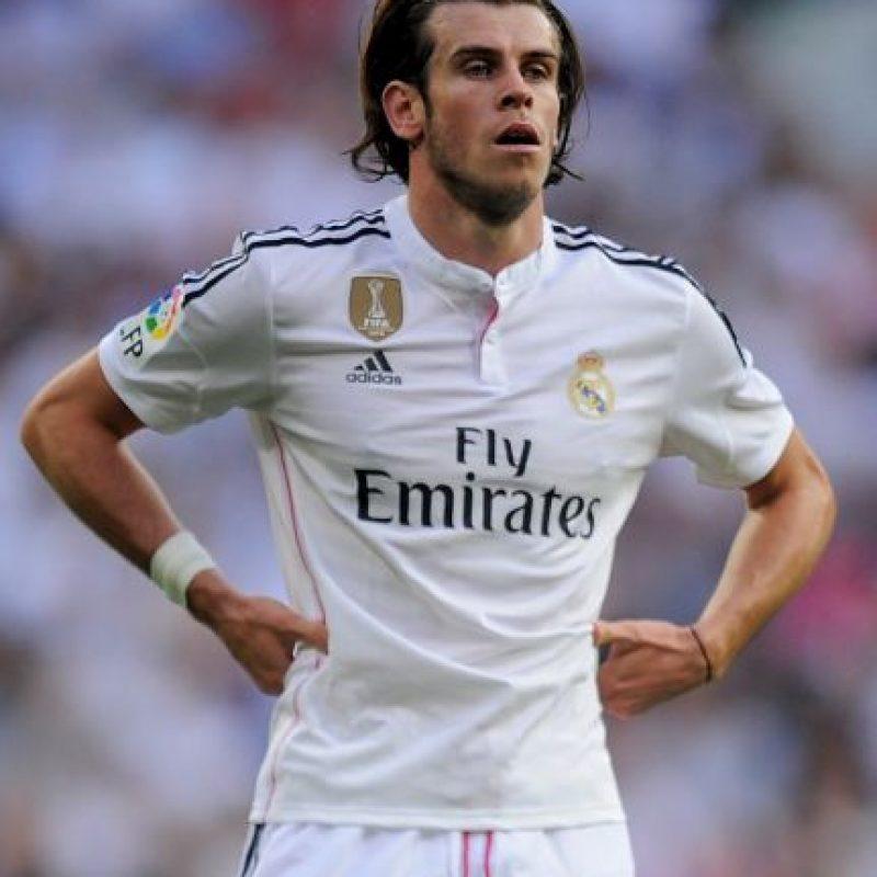 Desde que lleva el cabello largo, Bale usa diademas que evitan que los mechones se le vayan a la cara. Foto:Getty Images