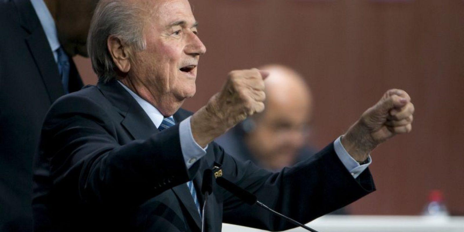 """Un antiguo trabajador de la FIFA confesó — bajo el anonimato — al diario español """"El País"""", la forma de actuar de Blatter y sus allegados que fundaron y usaron el programa """"Goal"""" para captar votos. Foto:Getty Images"""