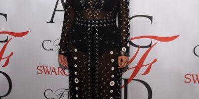 A Kim Kardashian se le comienza a asomar su pancita de embarazada