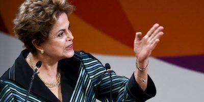 """""""Una antorcha muy bonita y verdaderamente fantástica"""", la describió Rousseff el pasado 3 de julio Foto:Getty Images"""