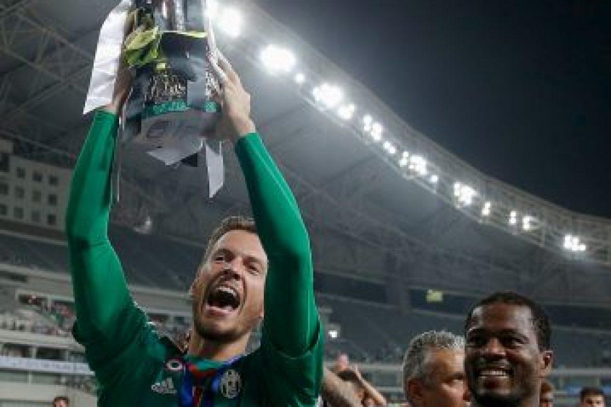 Con la Fiorentina, se convirtió en uno de los mejores porteros de la Serie A, aunque ahora deberá ser el suplente de Gianluigi Buffon. Foto:Getty Images