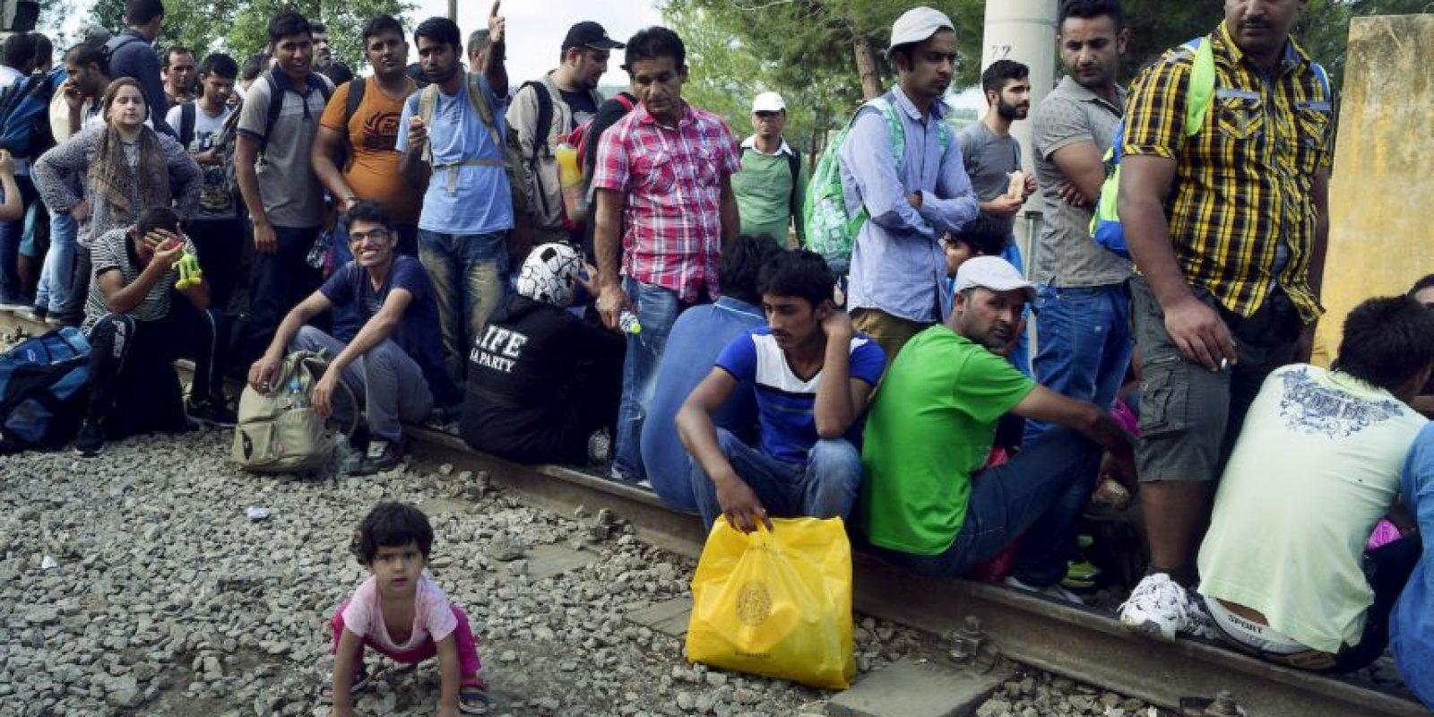 Más de tres mil 400 inmigrantes han sido rescatados por la Guardia Costanera italiana este fin de semana. Foto:Getty Images