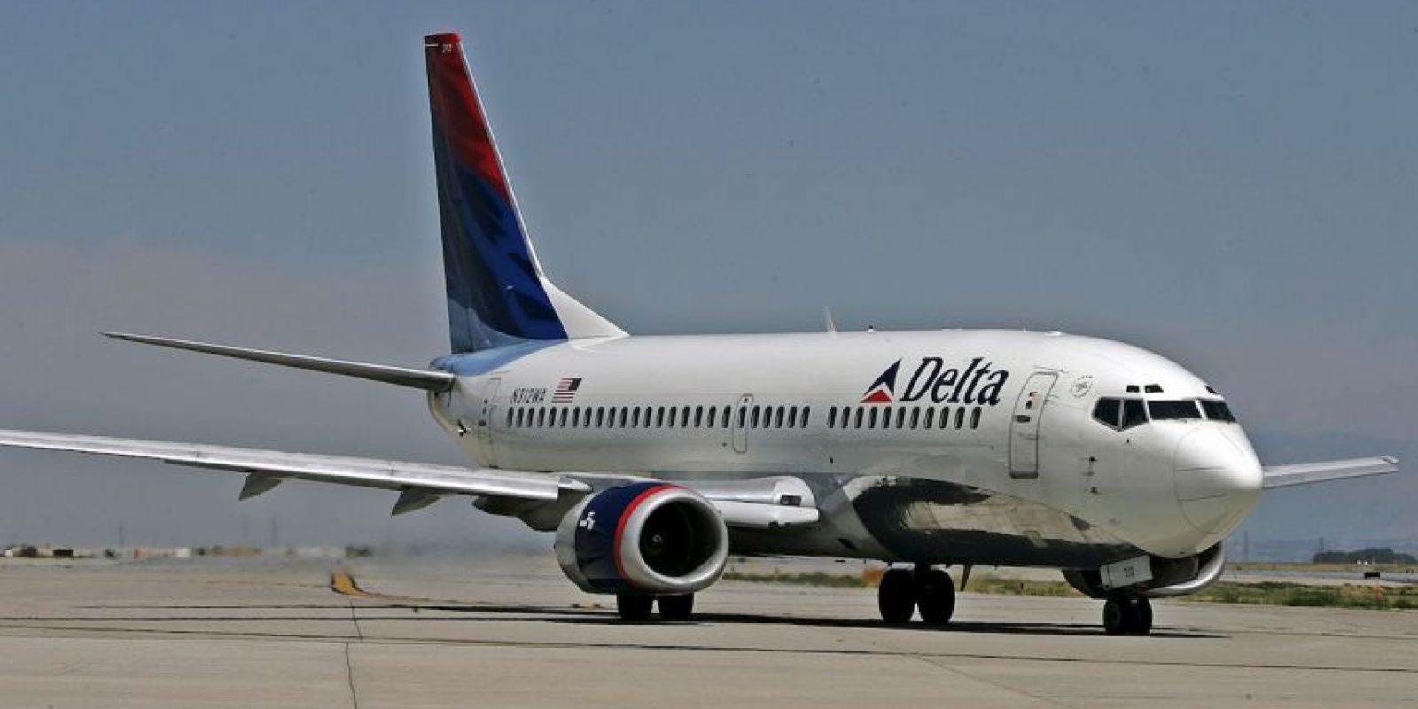 A pesar de la fuerza con la que el rayo impactó el avión, no se reportaron daños en la unidad ni personas heridas. Foto:Getty Images