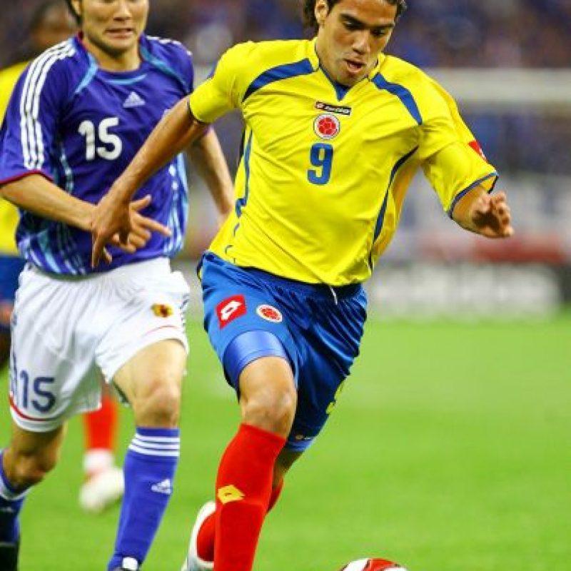 """Así lucía el """"Tigre"""" en 2007 vistiendo la camiseta de Colombia, año en que debutó en la selección mayor. Foto:Getty Images"""