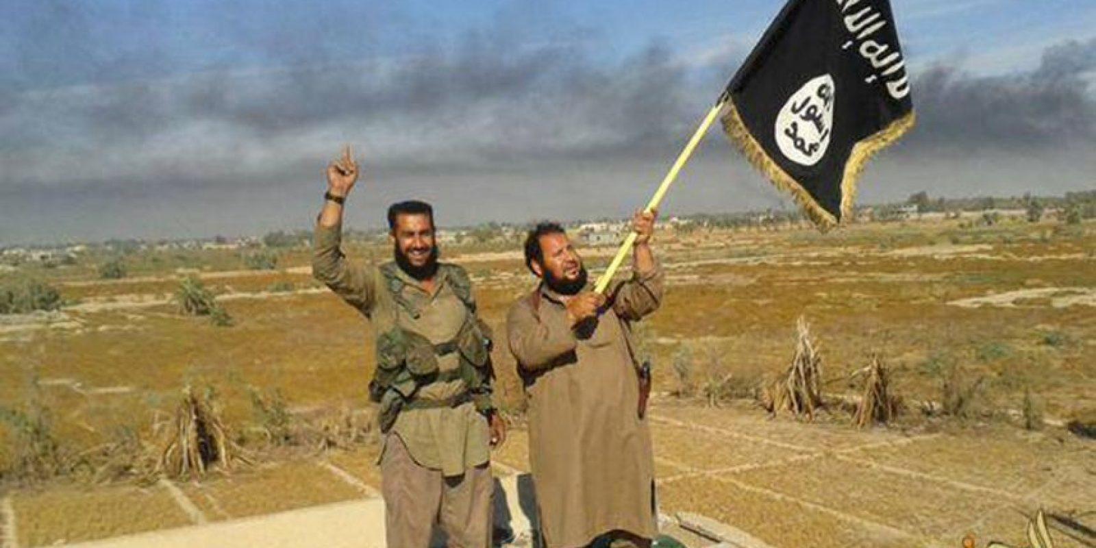 De la encuesta nacional realizada a dos mil personas se desprende que alrededor de un seis de cada diez estadounidenses (63%) aprueban la campaña militar de Estados Unidos contra los militantes islámicos en Irak y Siria. Foto:AP