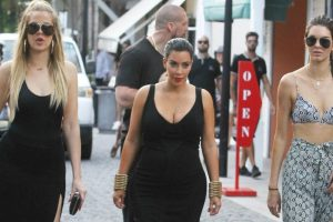 El clan Kardashian se encuentra vacacionando en St. Barts Foto:Grosby Group