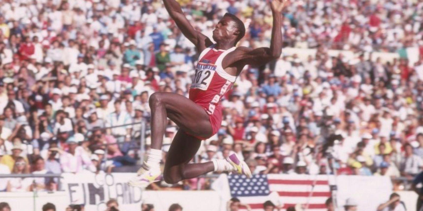 """Para Indianápolis 1987, el """"Hijo del Viento"""" impuso el récord del evento en triple salto con 8.75 metros Foto:Getty Images"""