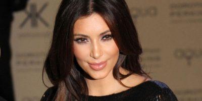 FOTO. Kim Kardashian se quita la ropa para demostrar que está embarazada