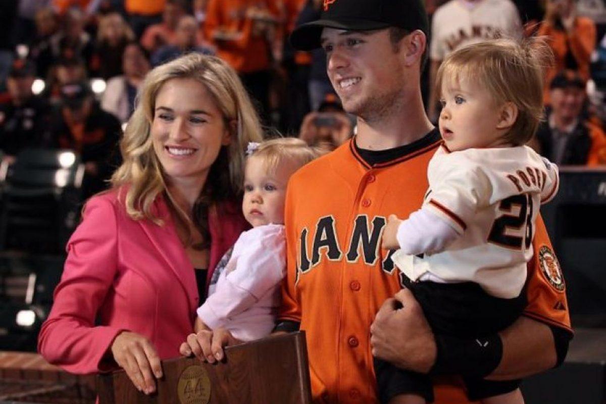 El receptor se convirtió en padre de mellizos en 2011 y desde entonces, los niños lo acompañan en sus partidos y festejan con él sus títulos. Foto:pinterest.com