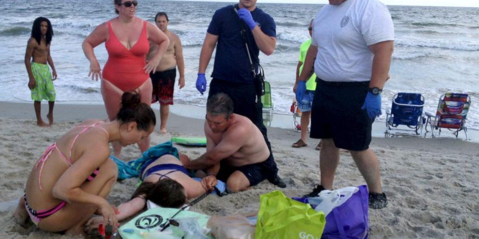 Los equipos de rescate aseguran que fue de mucha ayuda el auxilio de la gente. Foto:AP